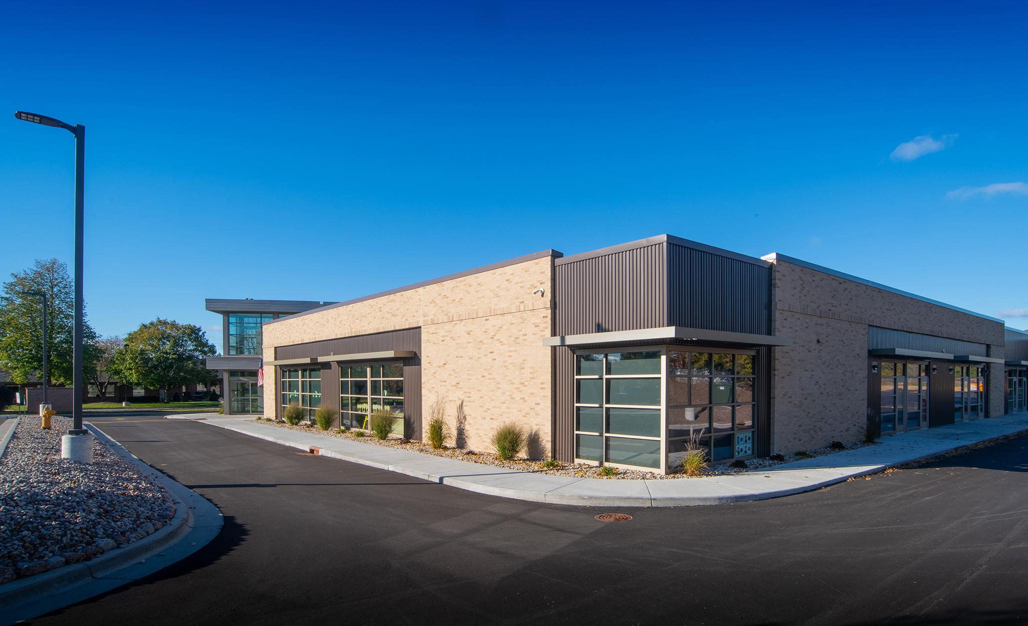 CP Center_6450_08_Exterior
