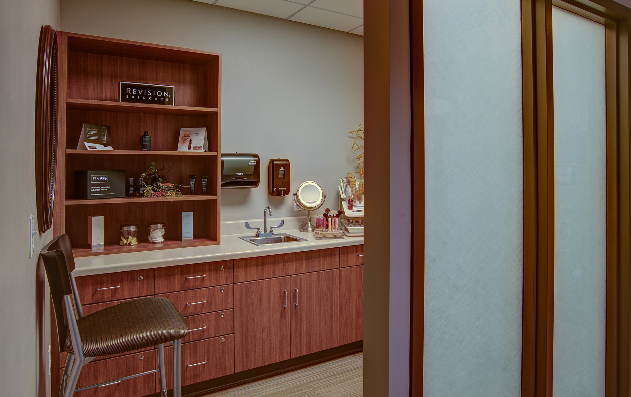 5_BayCare-Plastic-Surgery-Skin-Specialists
